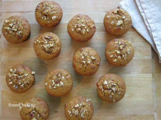 Pumpkin Raisin Walnut Muffins